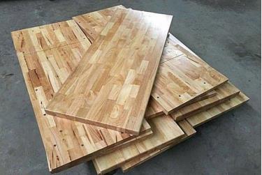 Bộ trưởng Bộ Tài chính chỉ đạo lập đoàn kiểm tra việc áp dụng mã HS đối với mặt hàng gỗ cao su xuất khẩu. Ảnh minh họa.