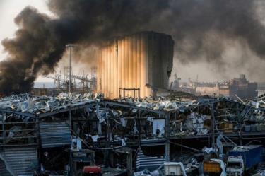 Vụ nổ kinh hoàng tại cảng Beirut.