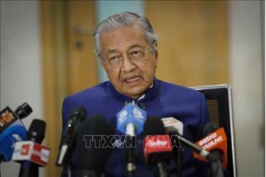 Cựu Thủ tướng Malaysia Mahathir Mohamad phát biểu tại cuộc họp báo ở Kuala Lumpur ngày 7-8-2020.
