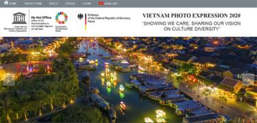Một bức ảnh chụp Hội An về đêm trên website của cuộc thi ảnh