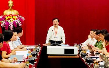 Cục trưởng Cục Quản lý chất lượng Mai Văn Trinh phát biểu tại buổi làm việc với Hội đồng thi tốt nghiệp THPT tỉnh Yên Bái