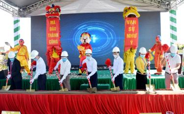 The groundbreaking ceremony of the Apec Golden Valley Muong Lo Tourism-Trade Urban Complex project on August 16, 2020
