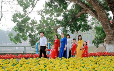 Yen Bai rolls out measures to improve the happiness index among local community.