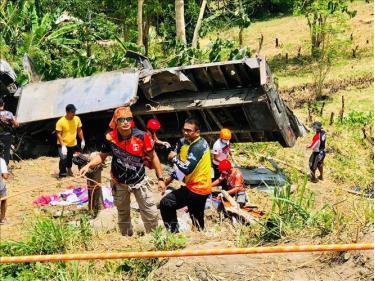 Hiện trường vụ tai nạn giao thông tại tỉnh Nam Cotabato, Philippines, ngày 17/9.