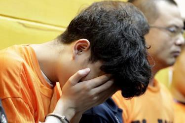 Hơn 600 người Trung Quốc đã bị Philippines bắt giữ trong vòng một tuần vì có liên quan tới các dường dây lừa đảo.