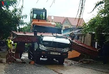 Vụ tai nạn làm một người chết tại chỗ.