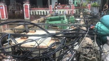 Trạm biến áp bị đổ trong bão số 5 ở Thừa Thiên - Huế