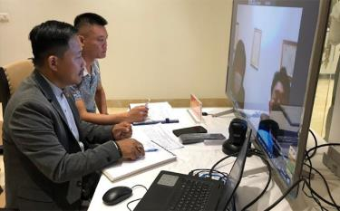 Yen Bai businesses are connected with foreign firms via videoconference at the event.