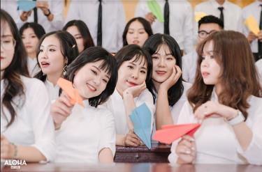 96,5% học sinh cảm thấy hạnh phúc khi được học tập tại trường. 100% cán bộ, giáo viên, nhân viên cảm thấy hạnh phúc.