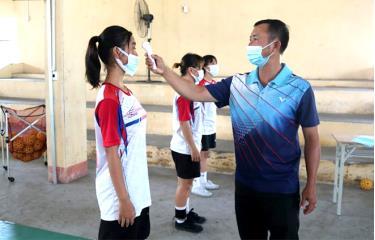 Các vận động viên của Trung tâm thường xuyên được kiểm tra thân nhiệt, bảo đảm công tác phòng, chống dịch bệnh.