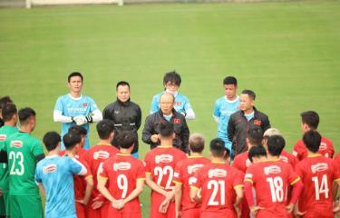 Tuyển Việt Nam quyết tâm trước trận đấu gặp đội tuyển Trung Quốc. Ảnh: VFF