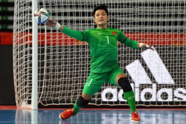 Văn Ý trở thành người hùng của tuyển futsal Việt Nam.
