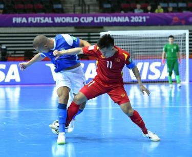 Đội tuyển futsal Việt Nam hiện đang đứng thứ 3/6 đội hạng ba, sau lượt trận thứ hai vòng bảng kết thúc rạng sáng 18/9.