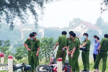 Công an huyện Cẩm Khê, tỉnh Phú Thọ đang điều tra, làm rõ nguyên nhân vụ tai nạn khiến  7 người thương vong.