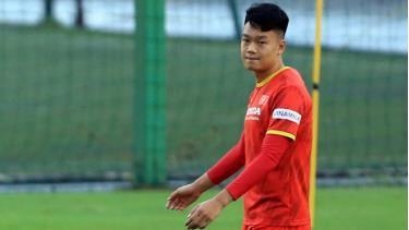 Thành Chung trở lại tập luyện