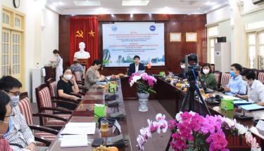 Các đại biểu tham dự hội thảo trực tuyến tại điểm cầu Tổng cục Biển và Hải đảo Việt Nam.