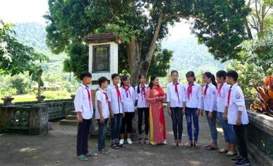 Di tích lịch sử Đình Làng Vần - nơi giáo dục truyền thống cách mạng cho thế hệ trẻ hôm nay.