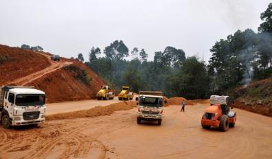 Thành phố Yên Bái đang tiến hành giải phóng mặt bằng 23 công trình tạo quỹ đất sạch phục vụ cho phát triển đô thị.