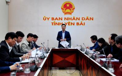 Đồng chí Dương Văn Tiến - Phó Chủ tịch UBND tỉnh phát biểu kết luận cuộc họp