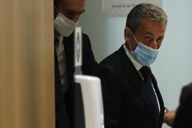 Cựu Tổng thống Pháp Nicolas Sarkozy tại phiên tòa.