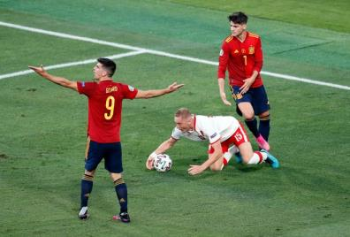 Tây Ban Nha chỉ giành 2 điểm sau hai trận là kết quả thất vọng.