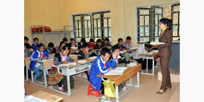Giờ học của học sinh Trường PTDT bán trú Tiểu học và THCS Bản Mù, huyện Trạm Tấu.
