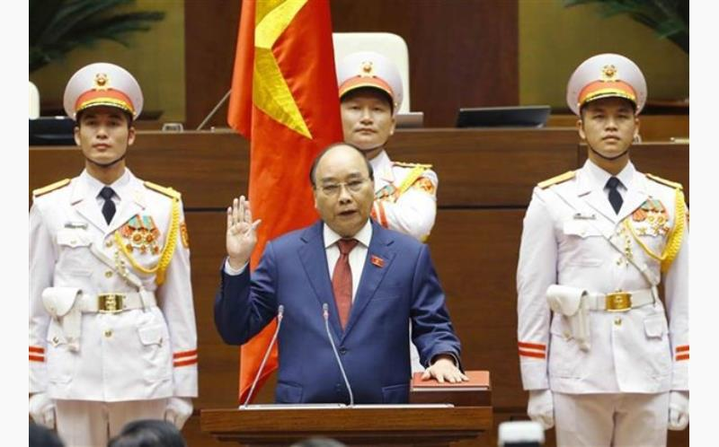 State President Nguyen Xuan Phuc takes oath of office